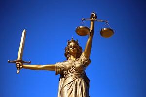 Adwokat czy radca prawny? Czy są jakieś różnice?