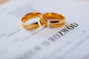 Jak przeprowadzić rozwód?