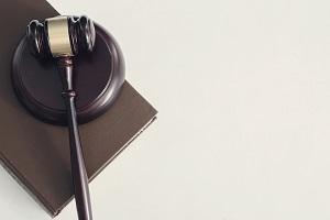 Wyznaczenie obrońcy z urzędu – zasady